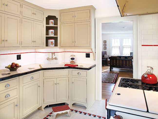 Black white bungalow kitchen makeover old house online for 1930s style kitchen design