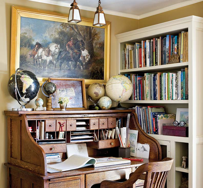 Vintage Study Room: A Cheerful Foursquare Restoration