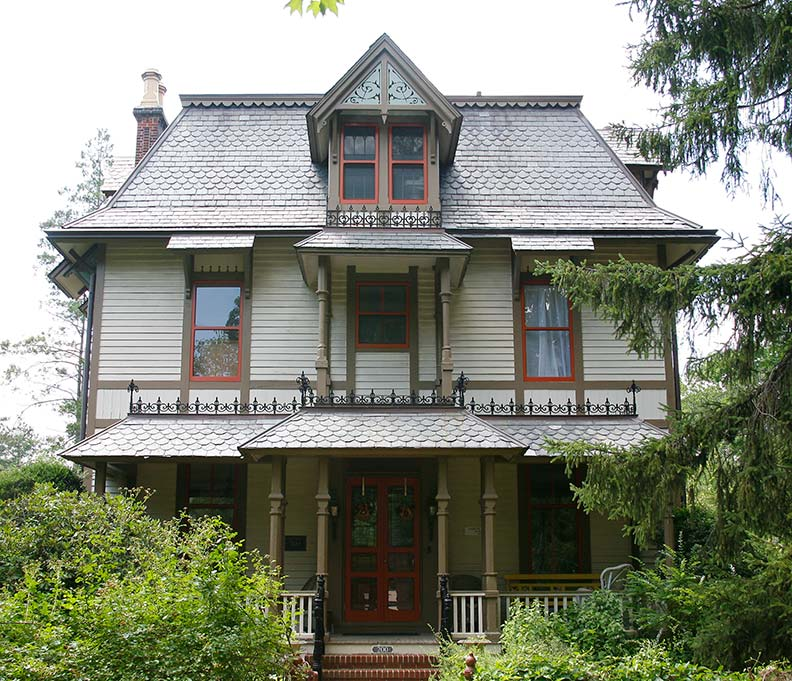 Varied victorians of haddonfield new jersey old house for Mansard style homes