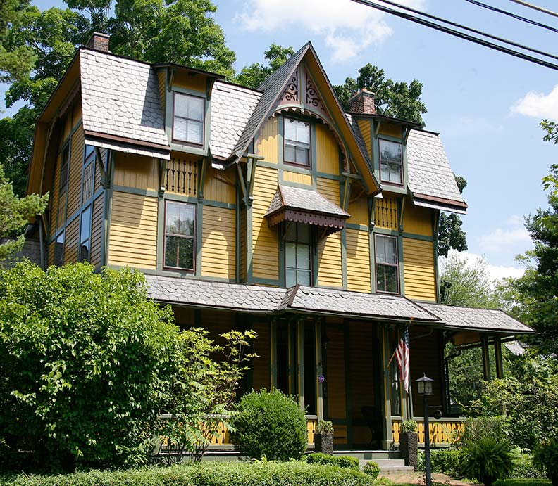 Varied victorians of haddonfield new jersey old house for New victorian style homes
