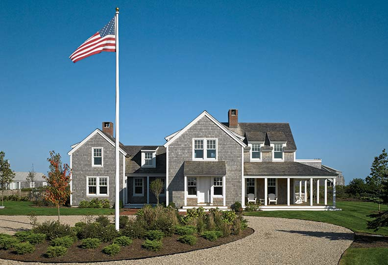 Creating a traditional nantucket house old house online for Houses for sale on nantucket