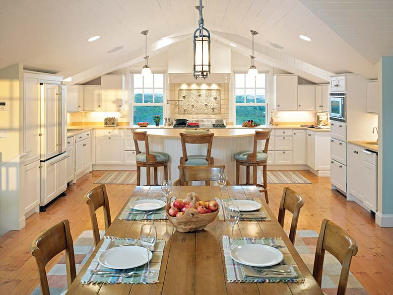 Creating a traditional nantucket house old house online for Nantucket style kitchen