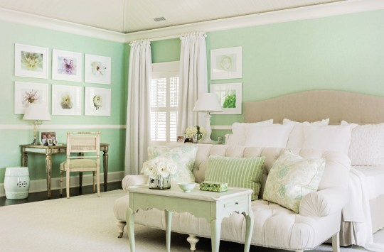 The homeowner loves sea glass–like blues and greens, and used them to introduce color and personality.
